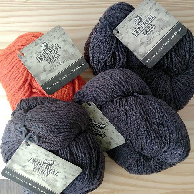 糸がまた増えました。imperial yarn。オ...